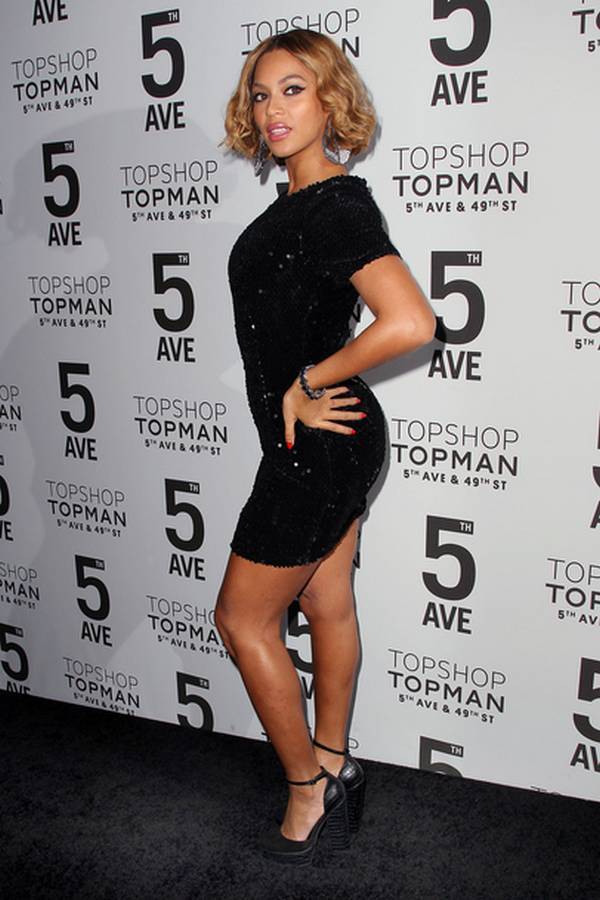 Beyoncé-Short-Haircut-in-The-Evening-Topshop-